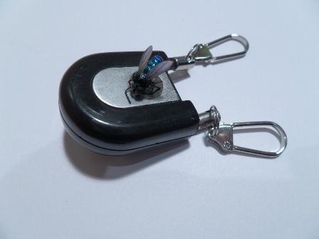 Yo Yo con Magnetico---Ausziehroller m. Magnet